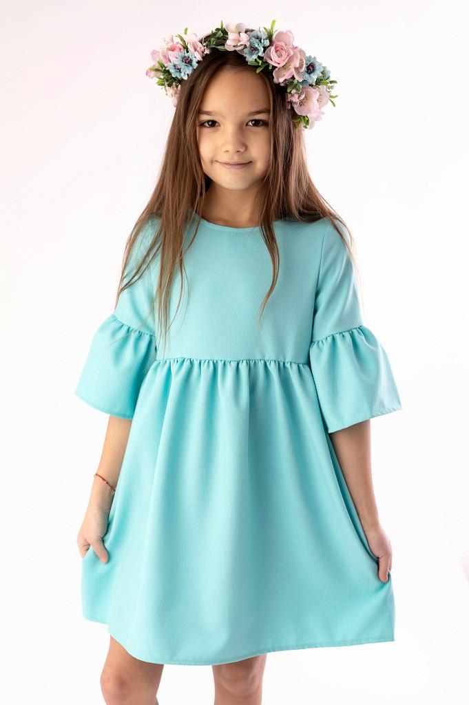 Eleganckie sukienki dla dziewczynek w każdym wieku
