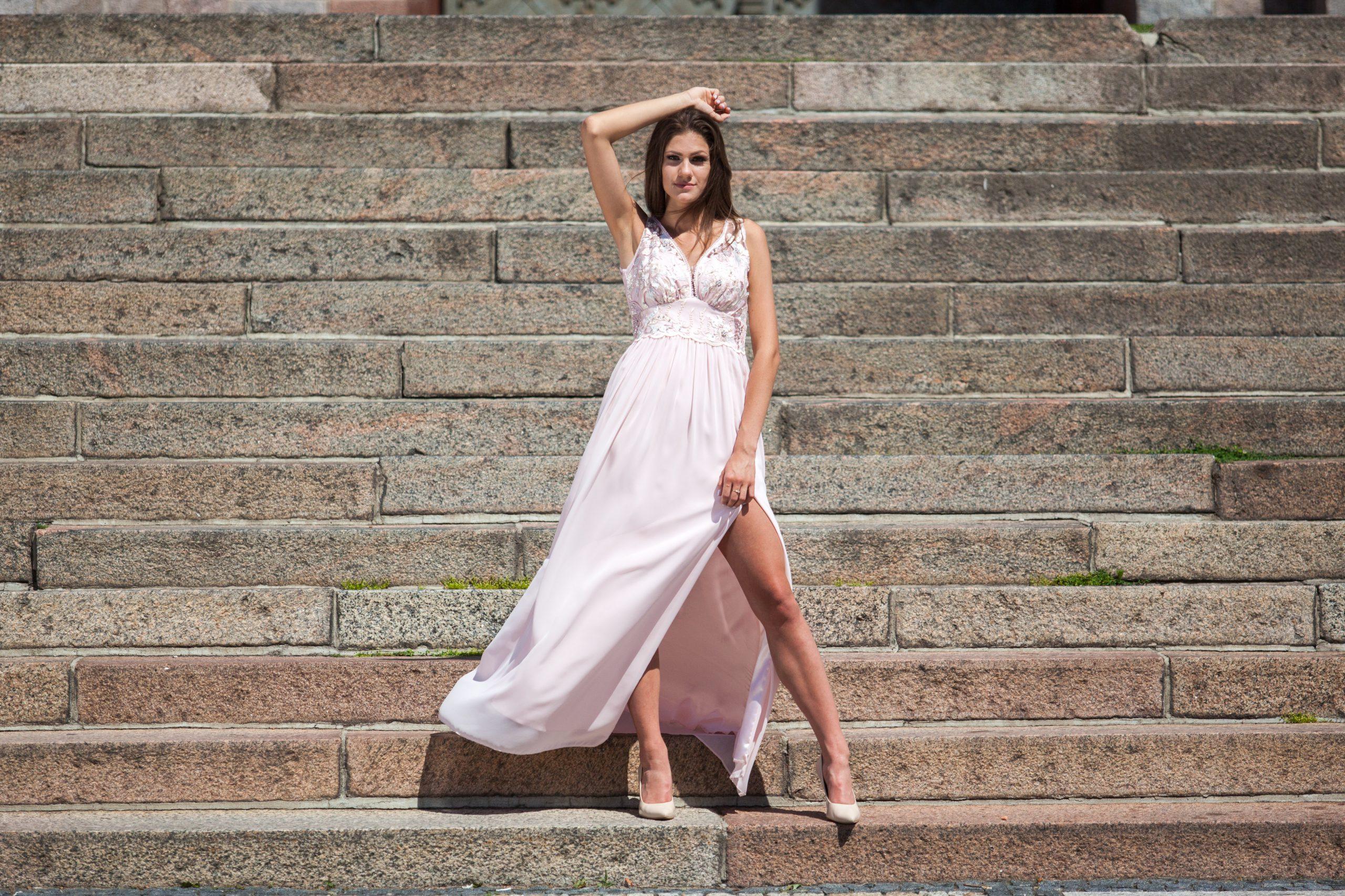 sukienka długa na wesele